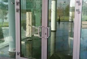 купить алюминиевые двери Севастополь